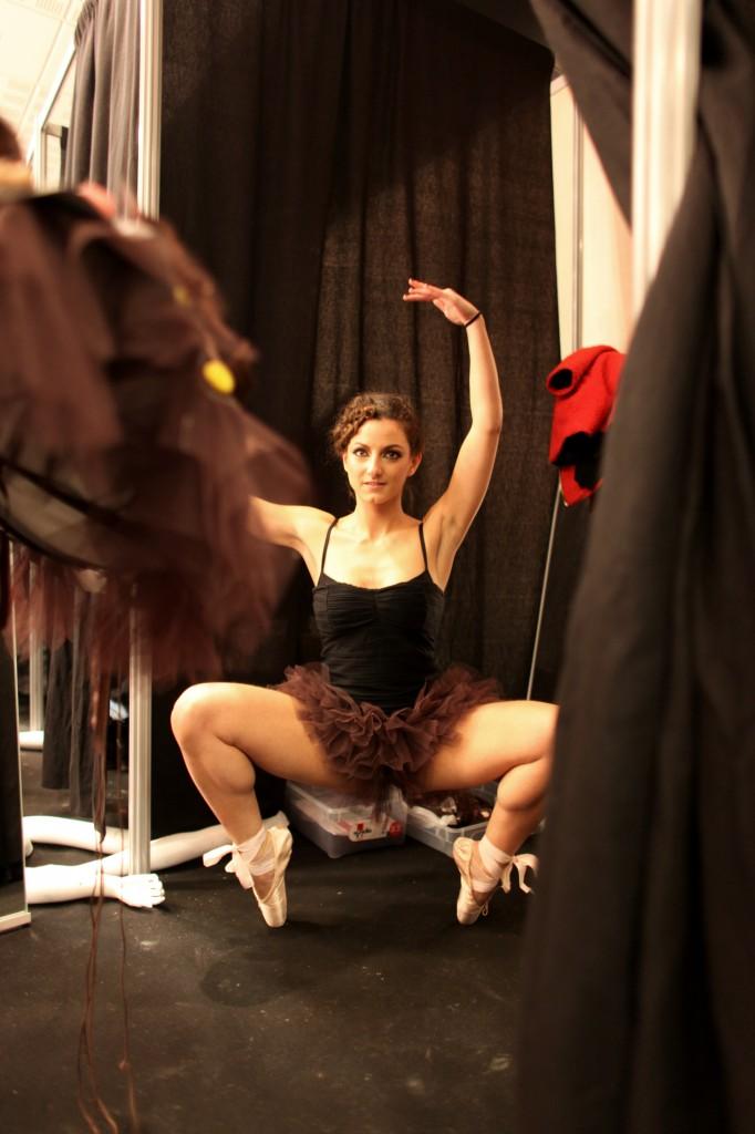 Emilie bramly danse classique grand plié globe dancer